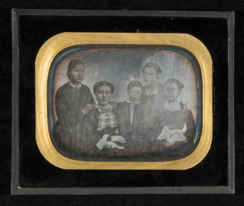 Portrait of five persons. The Lossius' siblings.