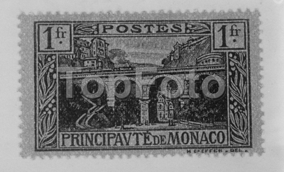 Lily langtry ' s villa on postage stamp .  How many private individuals can boast of having their houses portrayed on the national stamps of a country ? With the issue of a new one franc stamp in the Principality of Monaco , Lady de Bathe ( Lily Lantry ) , will have that additional claim to fame 3 February 1926