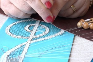 Lacemaking - packing